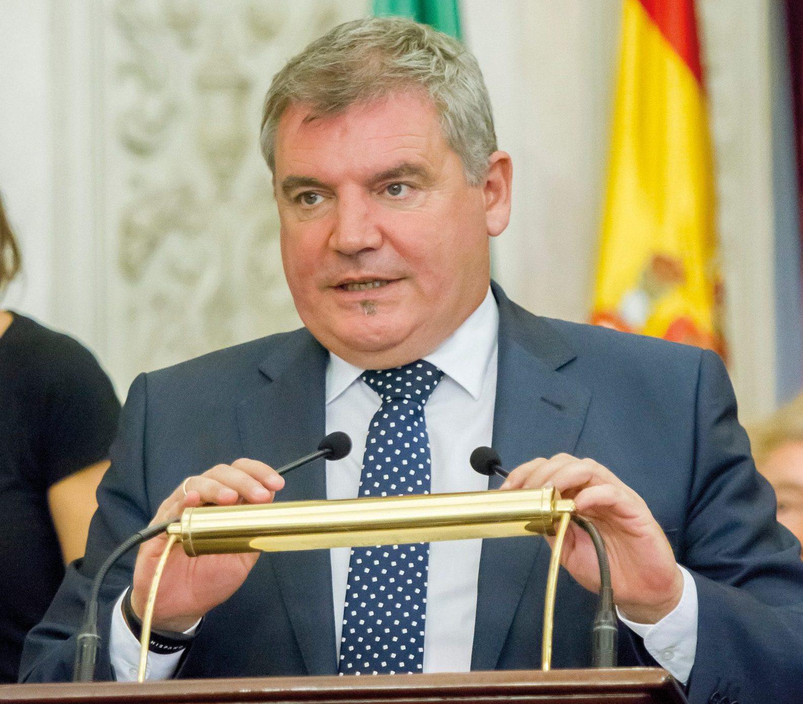 """Manuel Vizcaíno: """"El día que piense en mí antes que en el Cádiz, lo dejo"""""""
