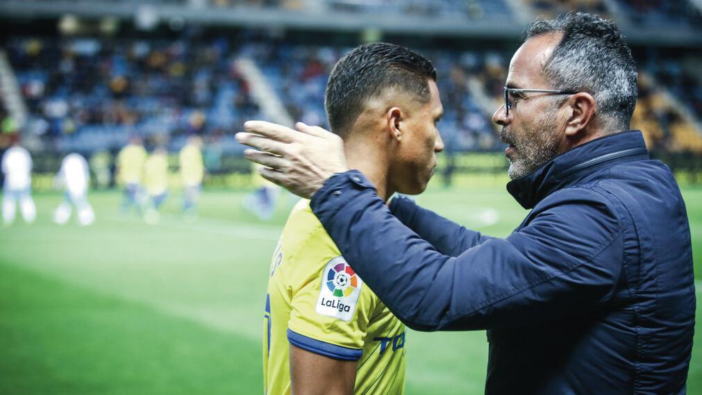 El Cádiz, pese a los puntos perdidos, sigue dependiendo de sí mismo