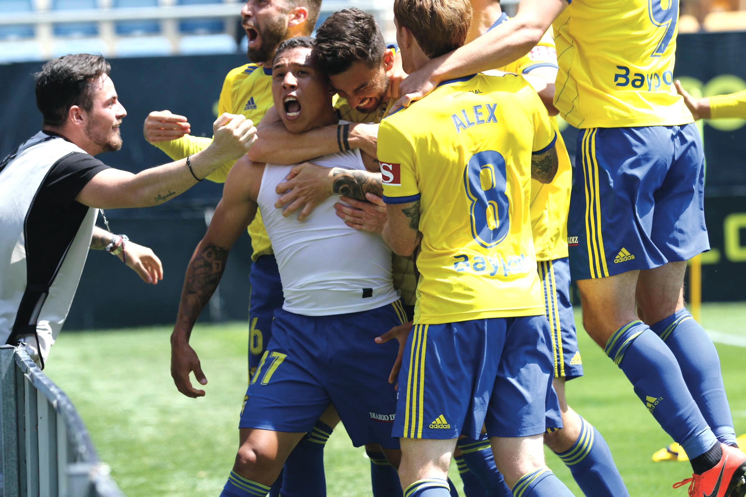 El Cádiz, por su afición, está obligado a luchar por el ascenso y jugar el play off