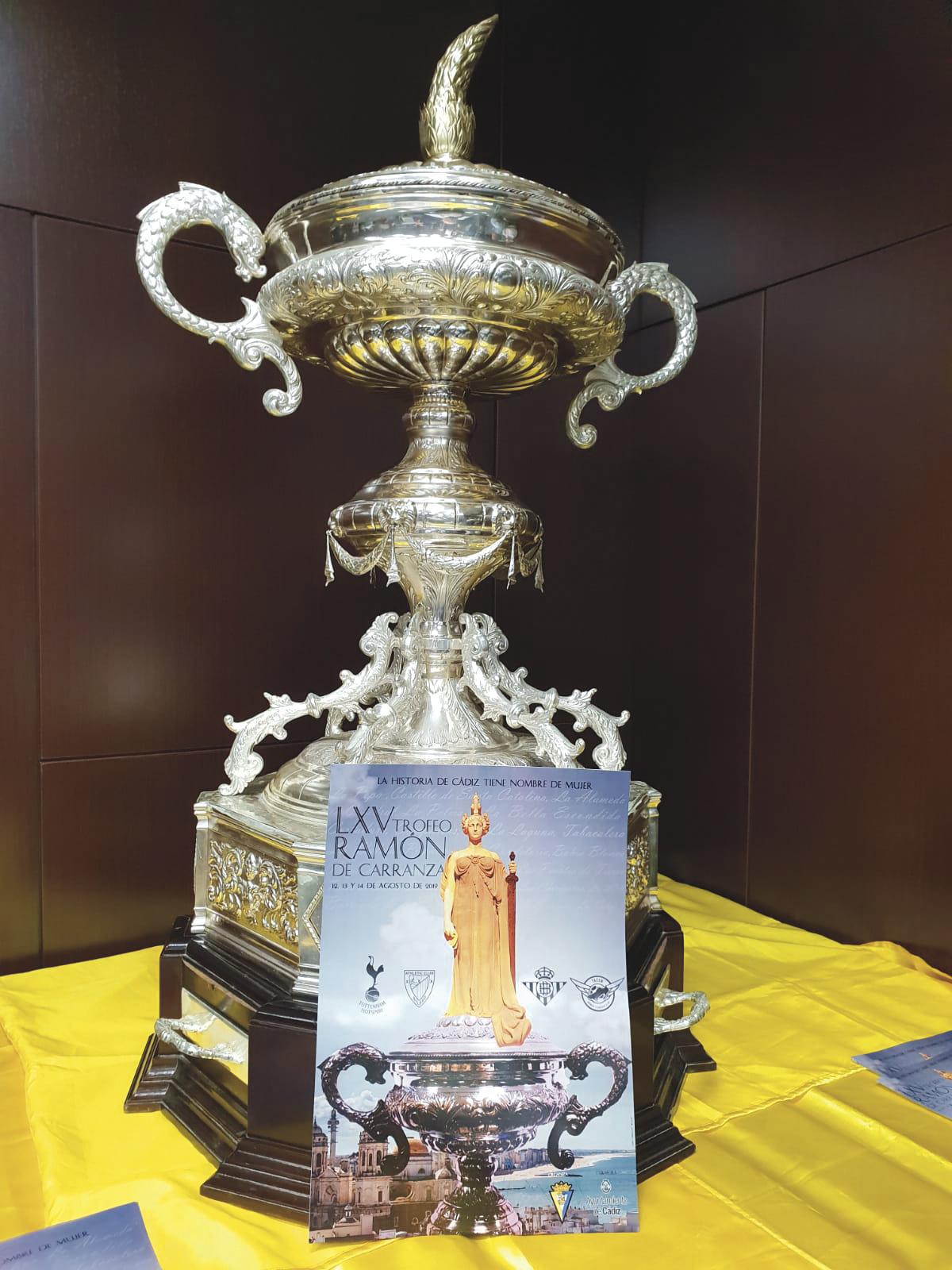 Un Trofeo muy especial que acapara la atención del fútbol español y femenino