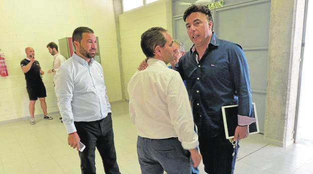 """Quique Pina: """"Esto perjudica al Cádiz, y también a mí, cuando vuelva al club en un año y no pueda fichar"""""""
