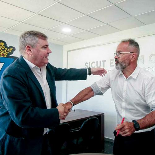 El Cádiz confía ¡¡4 años!! más en Álvaro Cervera
